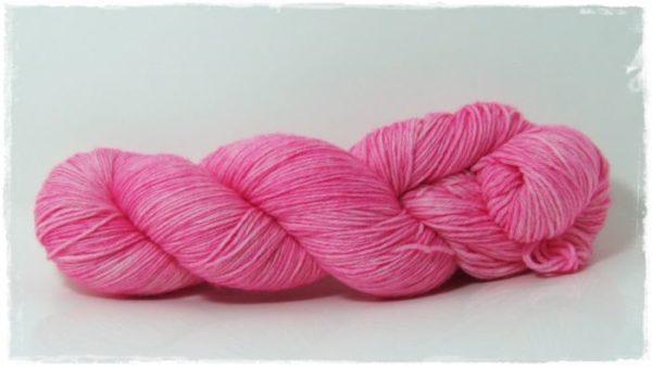Hot Pink Merino-Sockenwolle 4-fach