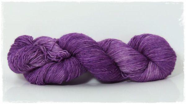 Grape Merino-Lace von Wollelfe