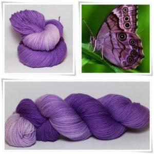 Lila Schmetterling Merino-Sockenwolle 4-fach von Wollelfe